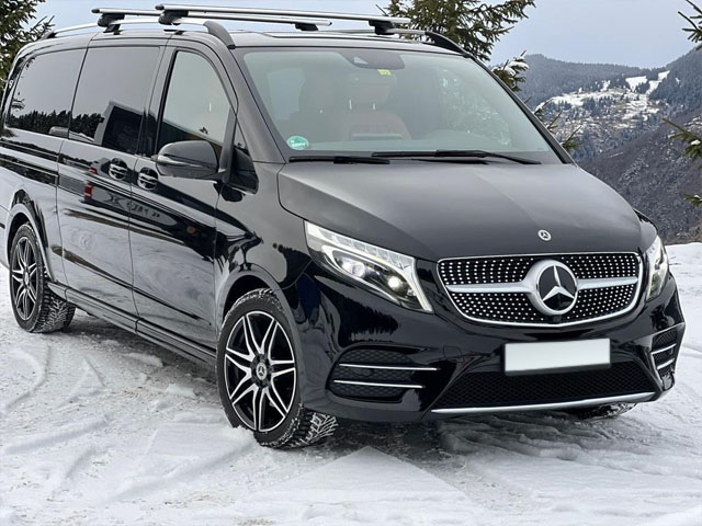 Booking and rental minivan, minibus, VAN 7-seats in Lyon