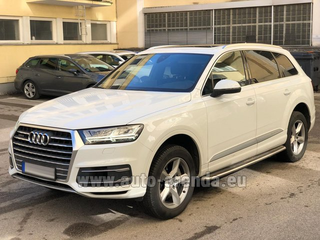 Hire and delivery to Les Deux Alpes the car Audi Q7 50 TDI Quattro White