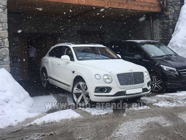 Transfer from Lyon-Saint Exupery Airport to Courchevel by Bentley Bentayga 6.0 litre twin turbo TSI W12 car