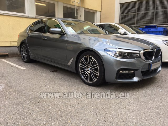 Rental BMW 540i M in Paris
