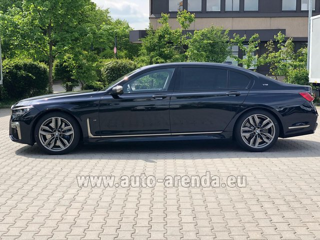 Hire and delivery to Val Thorens the car BMW M760Li xDrive V12