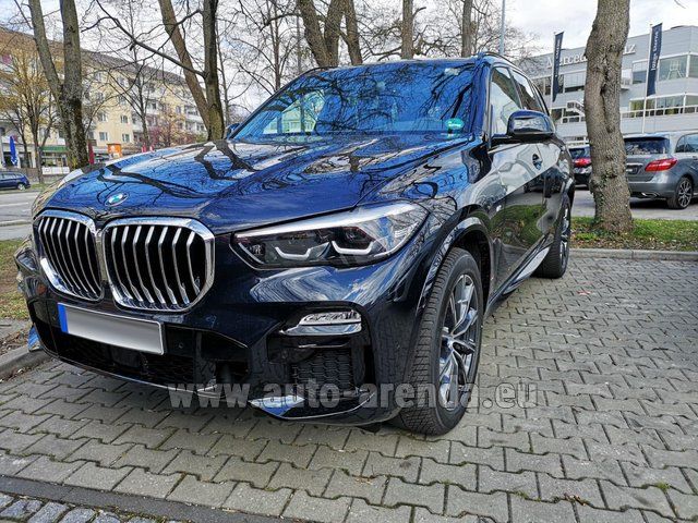 Hire and delivery to Valloire the car BMW X5 xDrive 30d