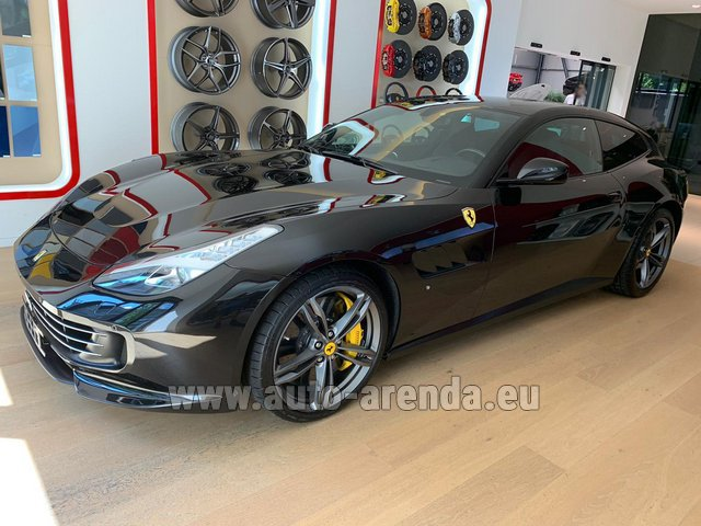 Rental Ferrari GTC4Lusso in France