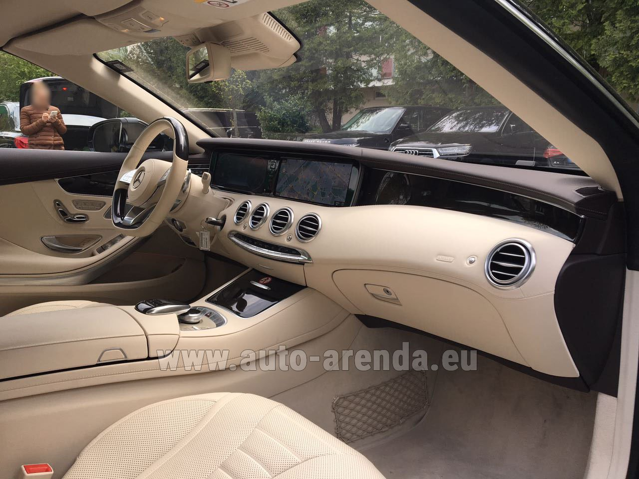 rent the mercedes benz s class s500 cabriolet car in grenoble. Black Bedroom Furniture Sets. Home Design Ideas