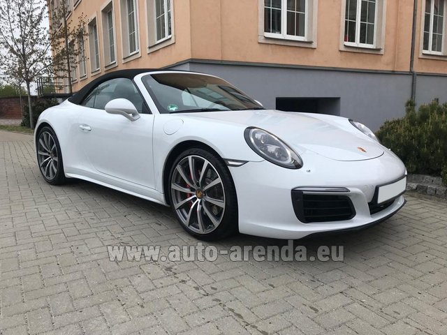 Rental Porsche 911 Carrera 4S Cabrio in France