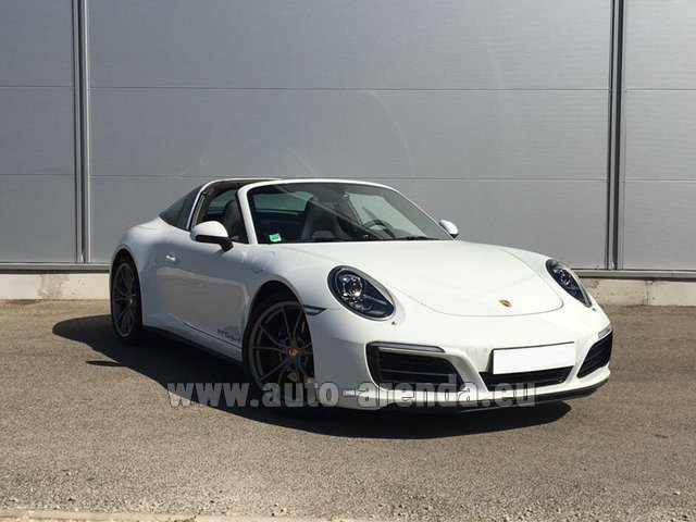 Hire and delivery to Saint-Martin-de-Belleville the car: Porsche 911 Targa 4S White