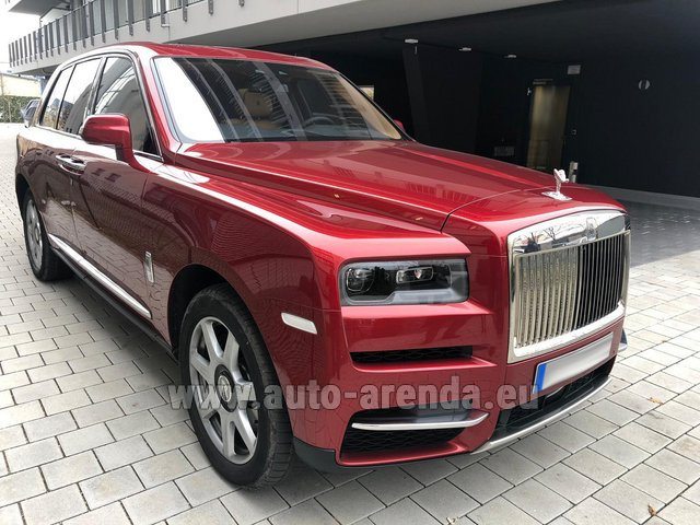 Hire and delivery to Val Thorens the car Rolls-Royce Cullinan