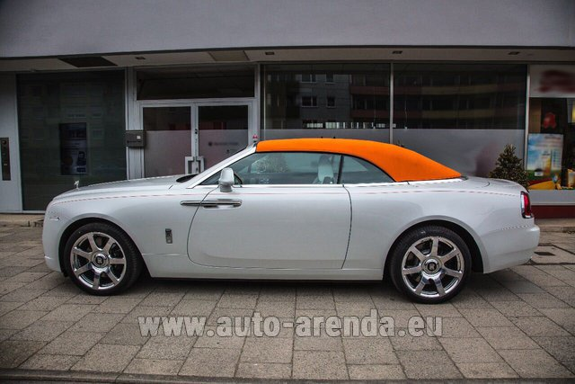 Rental Rolls-Royce Dawn White in Saint-Julien-Mont-Denis