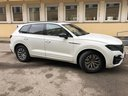 Rent-a-car Volkswagen Touareg R-Line in Menton, photo 1