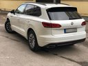 Rent-a-car Volkswagen Touareg R-Line in Menton, photo 4
